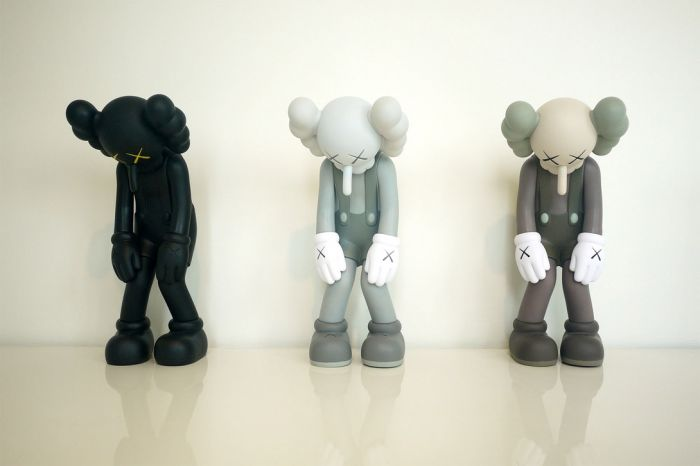 https_2F2Fhk.hypebeast.com2Ffiles2F20182F032Fkaws-solo-exhibition-in-hong-kong-galerie-perrotin-inside-look-a01