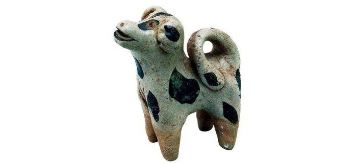 浅谈中国文物里的犬文化