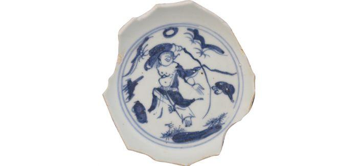 碎瓷之上的《刘海戏蟾图》