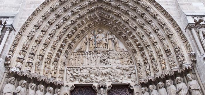 时尚公司向巴黎圣母院捐款的益处