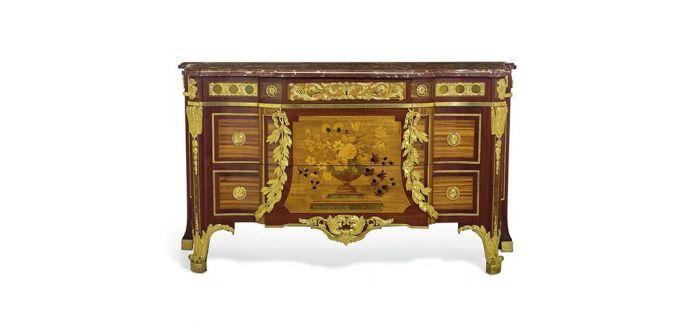 路易十六时期抽屉柜于纽约经典艺术周拍卖