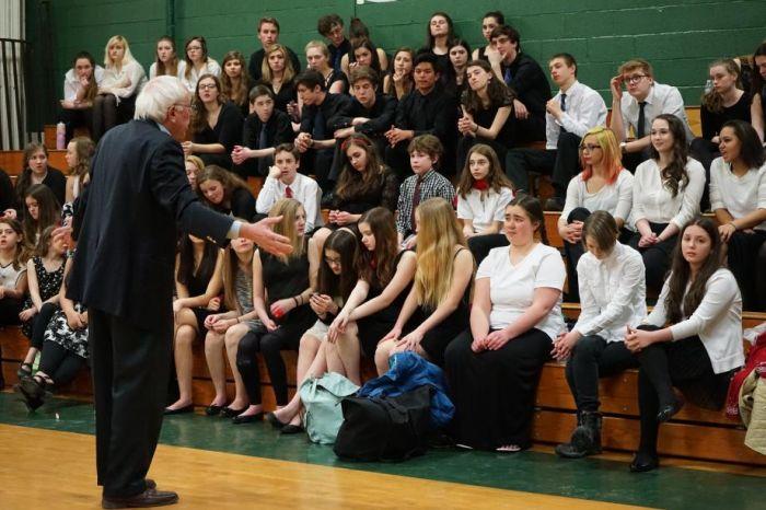 Bernie_Sanders_-_Town_Meeting_on_the_Arts_in_Education_12