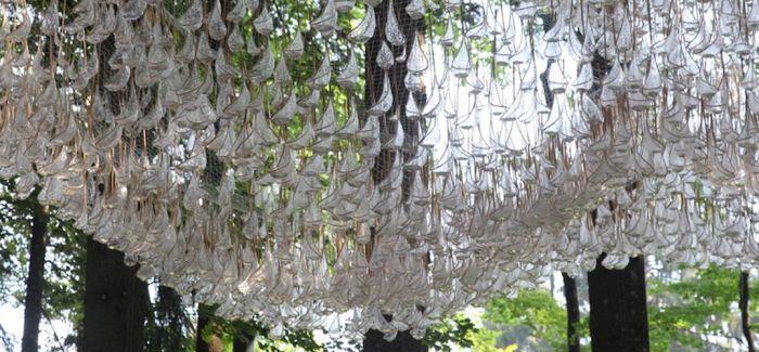 意大利雕塑公园里的水晶吊灯