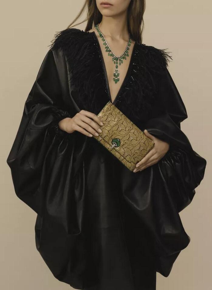 日内瓦苏富比举行瑰丽珠宝及贵族首饰拍卖会-书画艺术