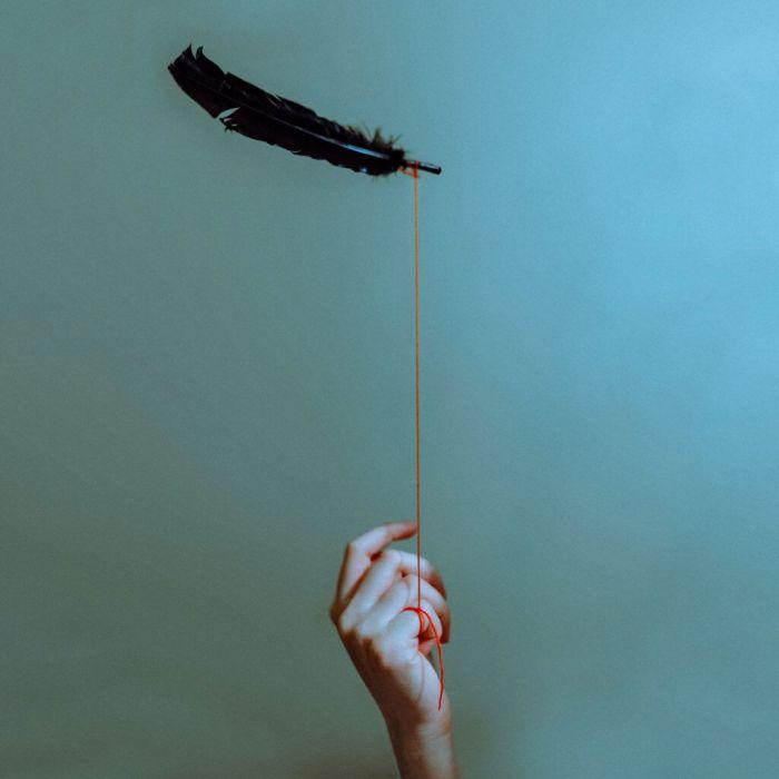 05-photo-surrealist-lauren-zaknoun-1024x1024