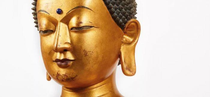 佳士得香港拍场呈献大型木胎漆金药师佛坐像