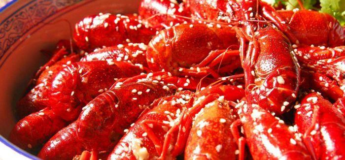 小龙虾 徜徉在放肆的味觉中