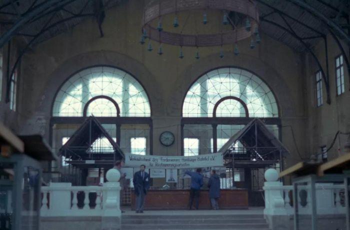 20 世纪 80 年代的博物馆内部 图片来源:Wikimedia Commons