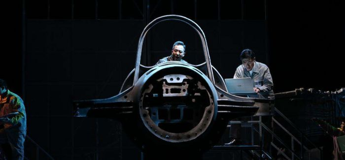 话剧《苍穹之上》登陆上戏实验剧场