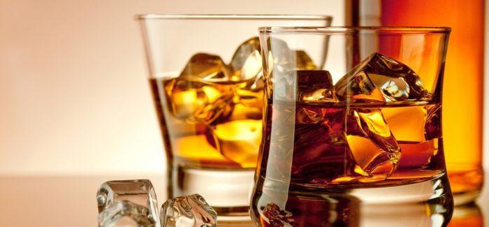 来一杯威士忌 消解夏日的烦闷