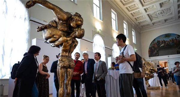 2019广州文化周:许鸿飞雕塑世界巡展在圣彼得堡