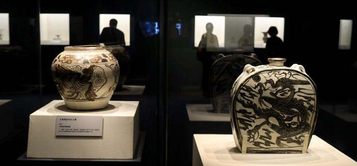 山西近现代青花瓷器展太原美术馆开展