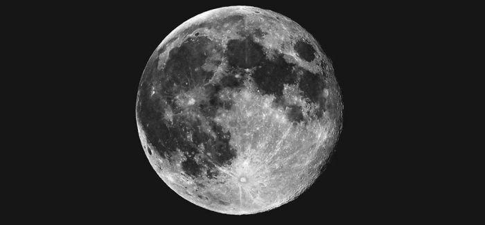 走 去月球上看展览