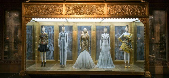 与时尚结缘的伦敦维多利亚与阿尔伯特博物馆