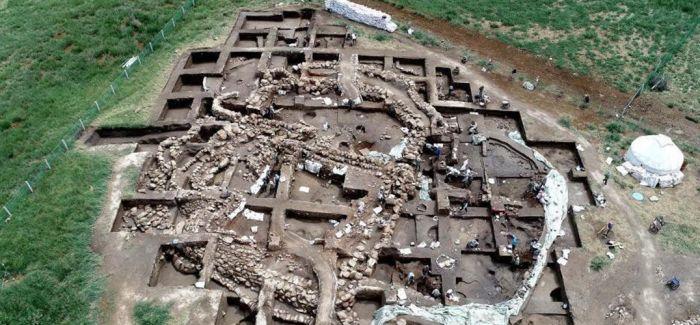 新疆发现首个青铜时代聚落遗址