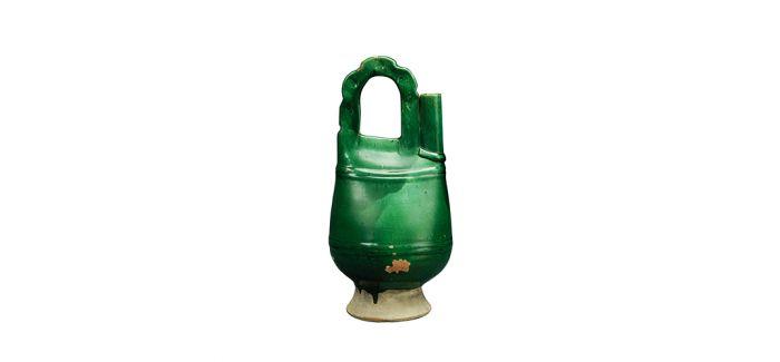 独树一帜的辽代绿釉鸡冠壶