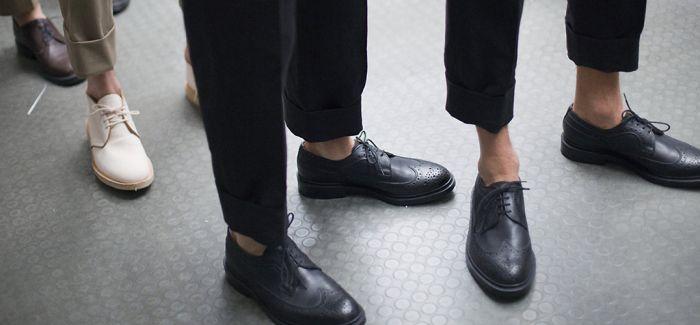 一双鞋营造出俏皮少年感