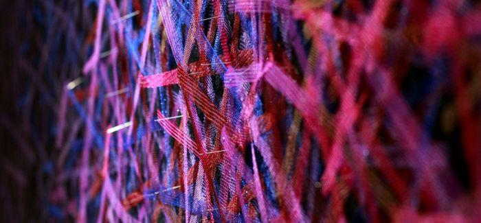 出现在公共空间中的纤维艺术