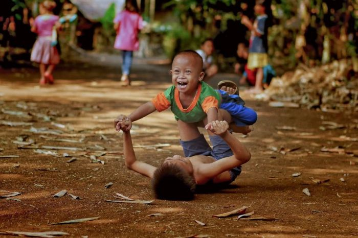 Brotherhood-Indonesia-dikyedarling-Dikye-ArianiAGORA-images-5d51806db8876__880