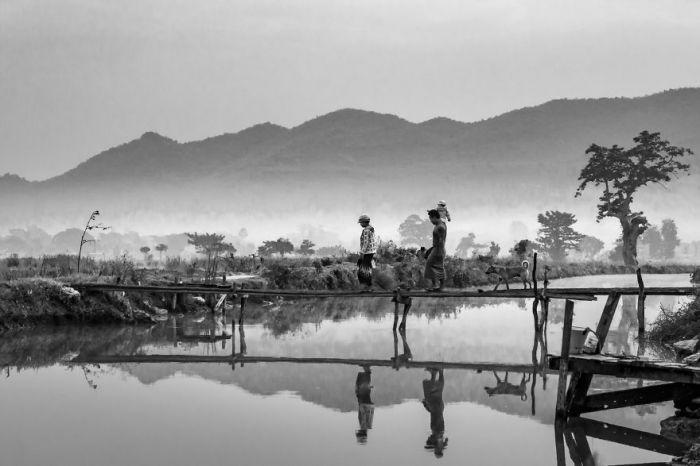 Family-Myanmar-yanxing-Yan-XingAGORA-images-5d518090df585__880