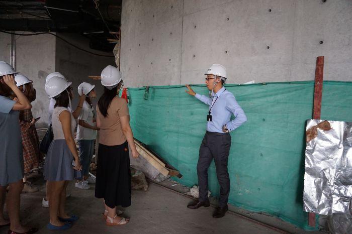 和美术馆执行馆长邵舒带领媒体参观和美术馆工地现场4,©和美术馆
