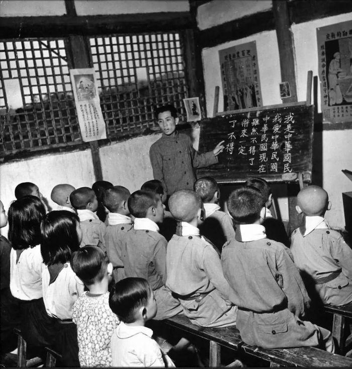 中國審美式教育何時出現