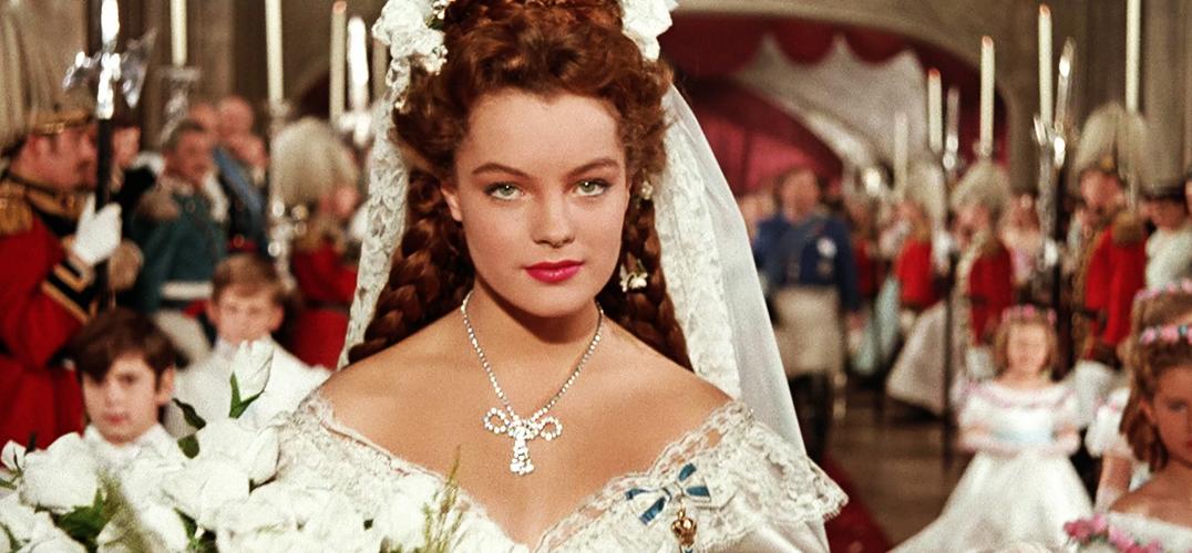 扒一扒茜茜公主的美貌和珠宝