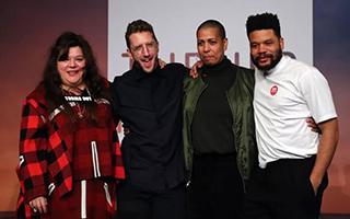 透纳奖颁予四位自组团体艺术家 | 一周艺事