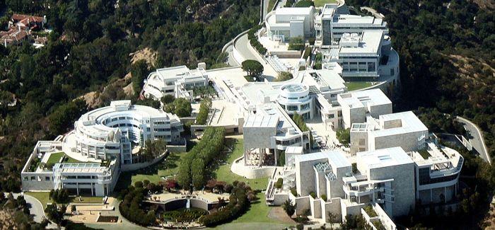 抠门的首富 为世界留下一座22亿美元的博物馆