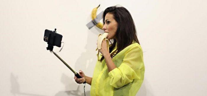 巴塞尔艺术展拍出15万美元香蕉