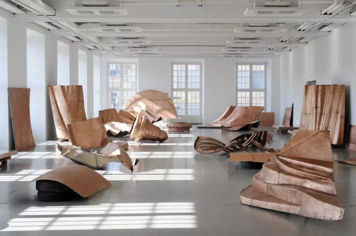 當代藝術,究竟是一種產品還是一種祭品?