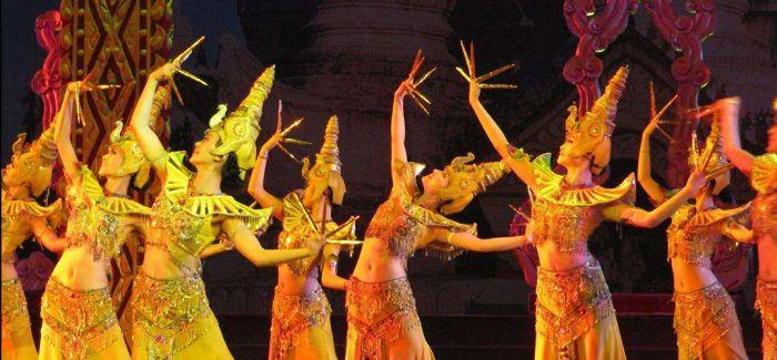 品味魔幻创意肢体剧《勐巴娜西》的美感