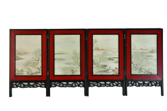 粉彩雪景山水人物纹瓷屏
