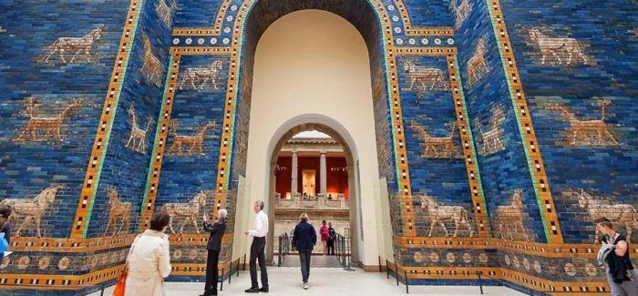 巴比伦城的彩釉砖讲述的故事