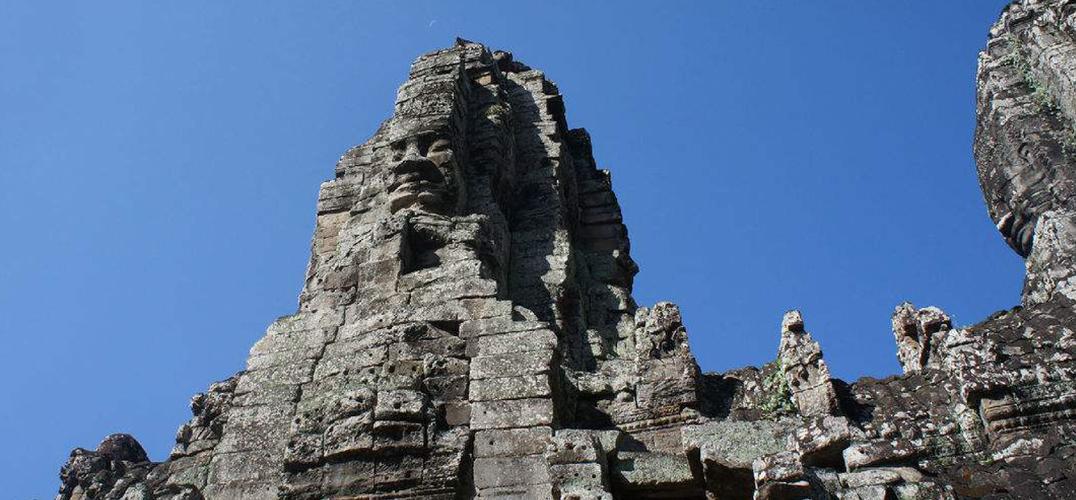 浅聊吴哥时代柬埔寨佛像造像