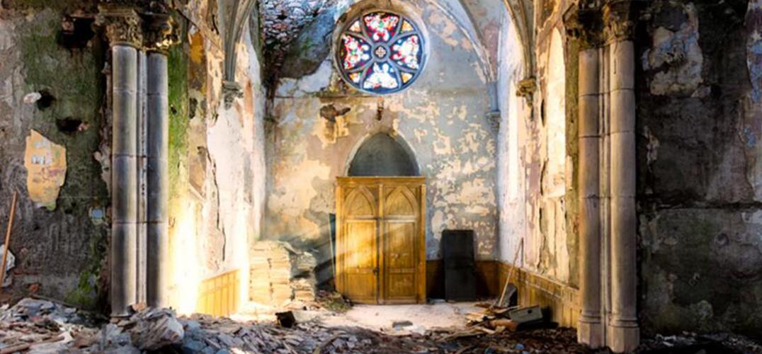 失落的天堂:被遗弃的黎巴嫩贝鲁特法式废墟建筑