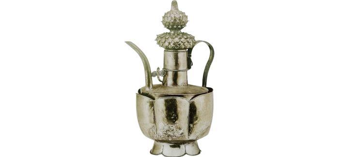 低调奢华的彭州南宋金银器窖藏银执壶