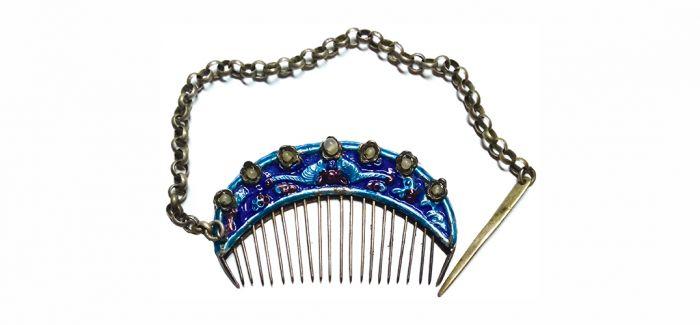 韵味十足的清末缀珠珐琅银梳