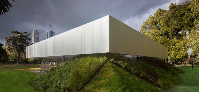 雷姆·库哈斯:建筑师不应将野心付诸乡村
