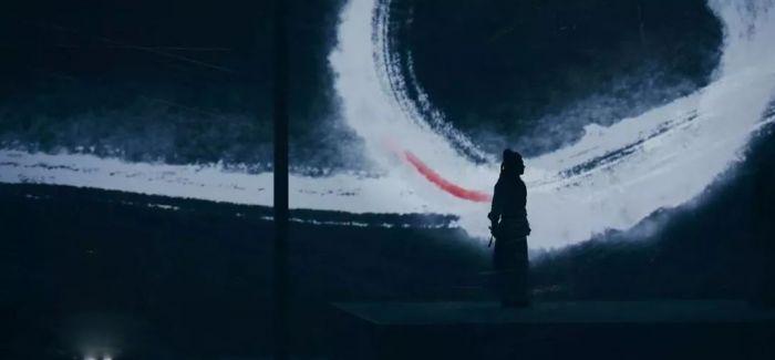 以京剧的方式讲述电影的故事