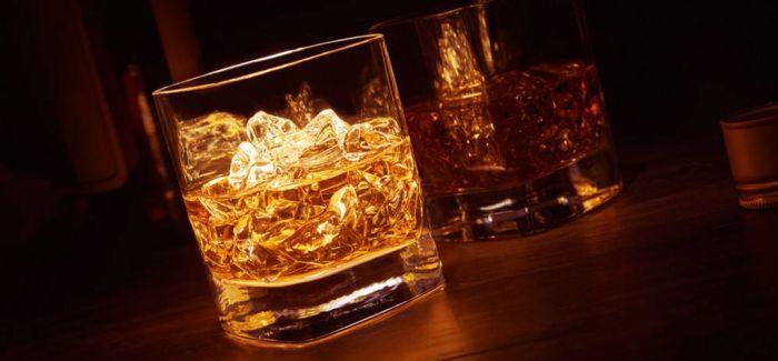 爱尔兰威士忌:尝一口历史的味道