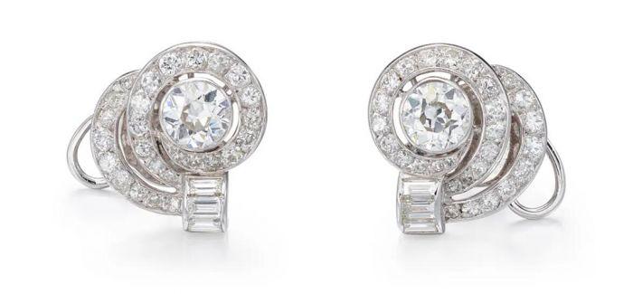 用这些绚丽悦目的珠宝点亮你的春天