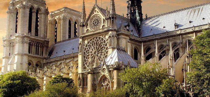 巴黎圣母院修复工程因疫情暂停
