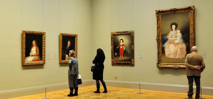 """美术馆中能否实现""""距离产生美"""""""