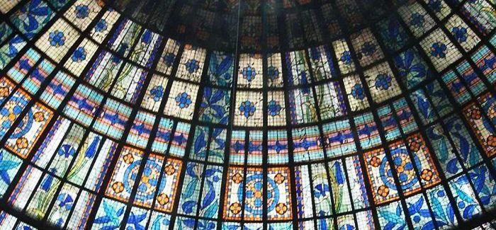 法国春天百货 那美艳的蓝色穹顶