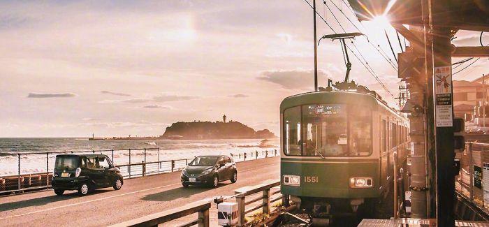 """有一种旅游体验称为""""车站看海"""""""