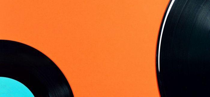 """黑胶唱片的当代""""文艺复兴"""""""