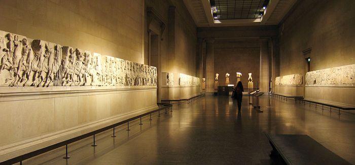 重新开放的博物馆 下降的观众数量