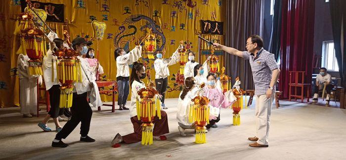 新编传统京剧《五丑四美图》完成联排