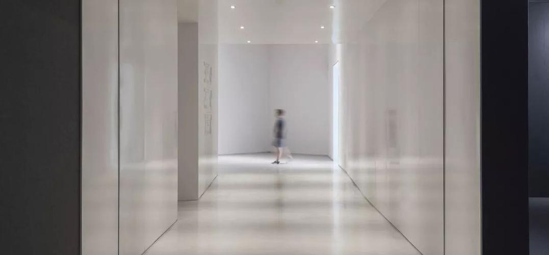 """昊美术馆中的""""美丽新世界"""""""